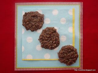 Πανεύκολα μπισκοτάκια βρώμης χωρίς ψήσιμο - 3-minute no-bake oat cookies
