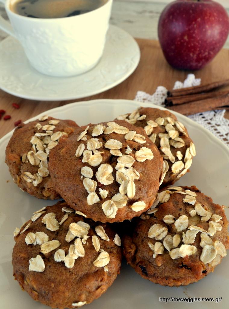 Υγιεινά μάφιν μήλου με goji berries – Vegan goji berries apple muffins