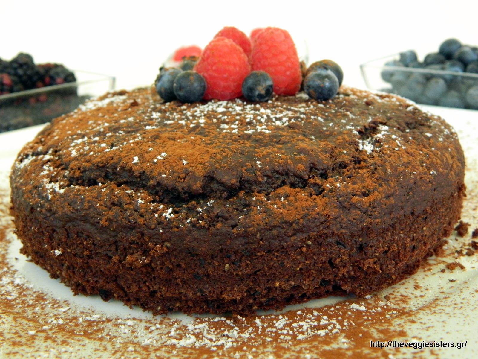 Σοκολατένιο κέικ με μύρτιλλα - Chocolate blueberry cake
