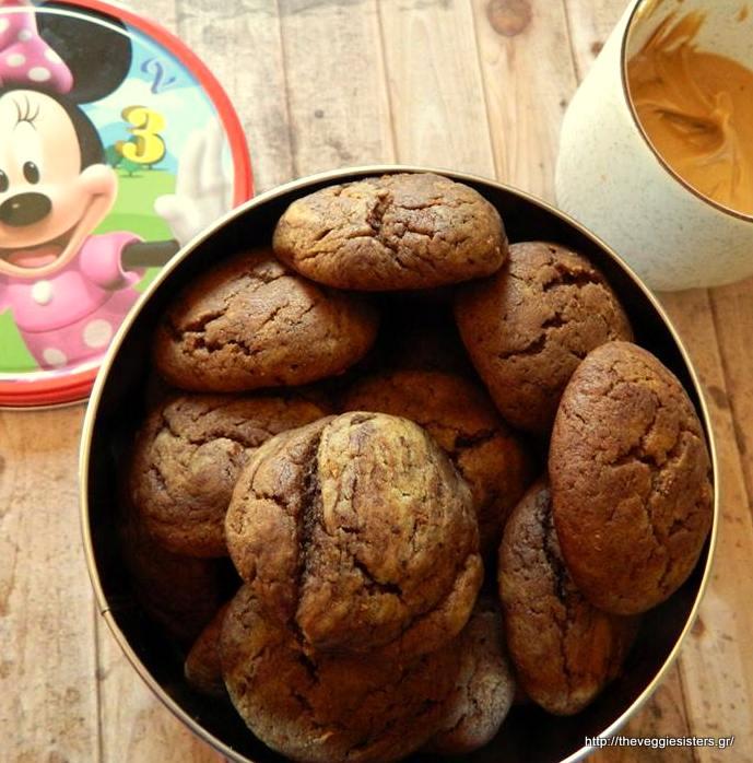 Νηστίσιμα κουλουράκια με κακάο κ φυστικοβούτυρο - Vegan cocoa peanut butter cookies