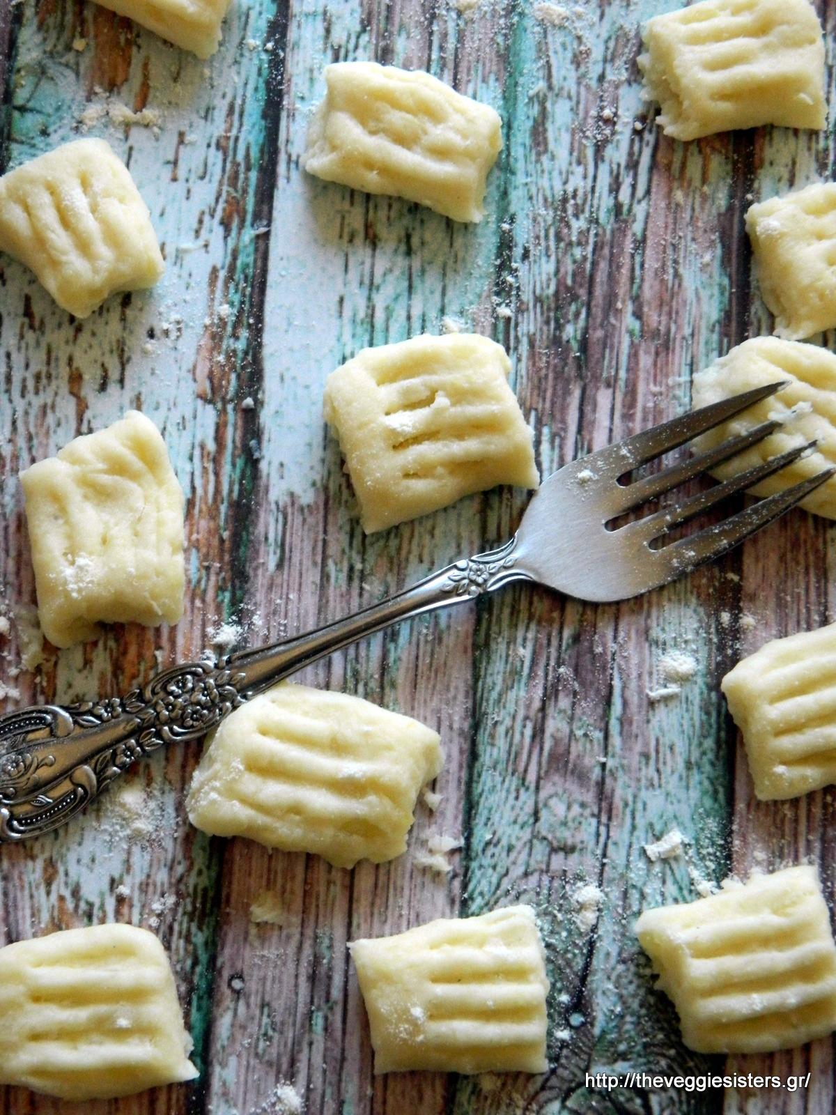 Σπιτικά νιόκι, βασική συνταγή - Homemade gnocchi