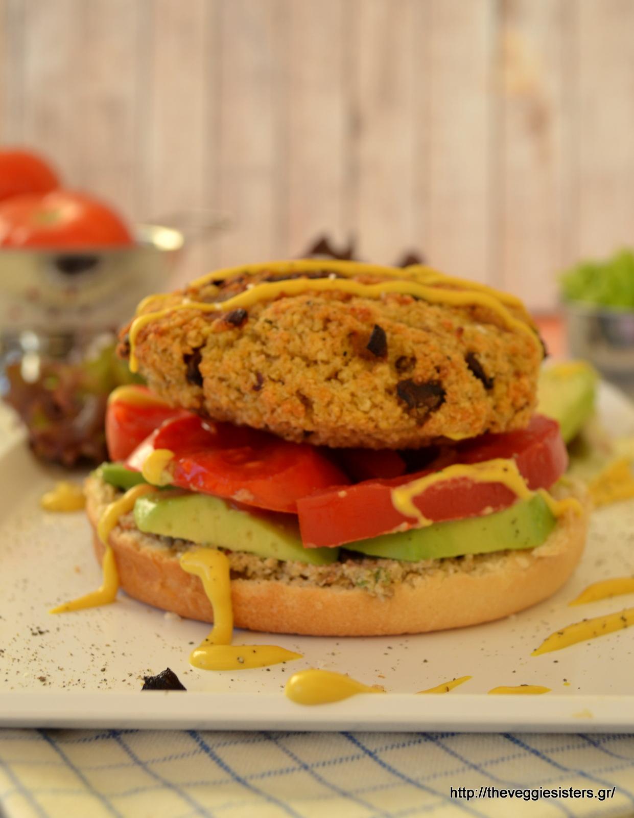 """Χορτοφαγικό """"junk food"""": υπέροχο μπέργκερ με κεχρί κ μανιτάρια"""